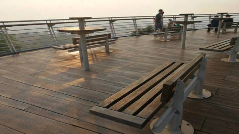台中-新社花海,大坑紙箱王,高美濕地,鰲峰山觀景|包車一日遊