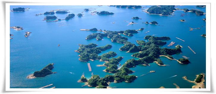 九十九岛散落在长崎县西部的北松浦半岛